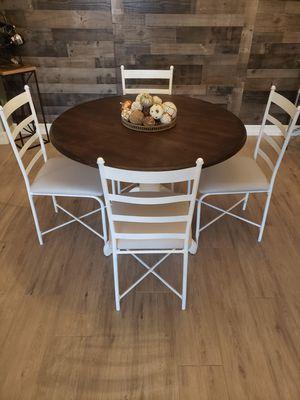 Cute Farmhouse Table for Sale in Mesa, AZ