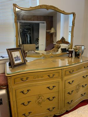 3 piece antique bedroom set for sale! for Sale in Atlanta, GA