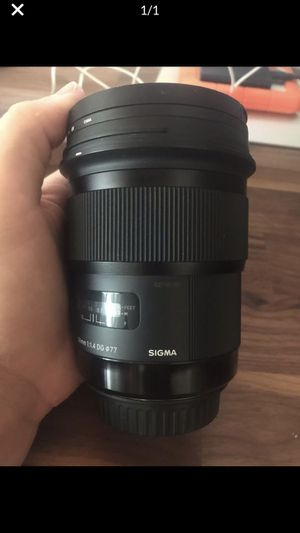 Sigma art 50mm lens 1.4 EF for canon for Sale in New York, NY