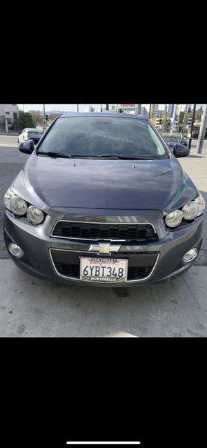 Chevy sonic 2012 automatico 64000 millas super todo interior de piel título limpio en mano. for Sale in Los Angeles, CA