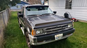 Mazda Parts truck 86 2600 automatic not a 2600i its carberatored with webber hand turn crank needs work selling parts for Sale in Tacoma, WA