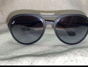 Rayban sunglasses for Sale in Bartlett, IL