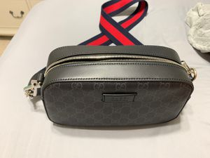 Gucci Messenger Bag for Sale in Sugar Land, TX