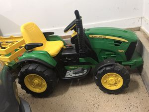 John Deere ride on tractor with pull along trailer for Sale in Hillsborough, NC