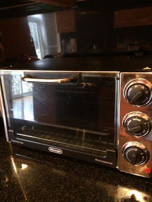 Delonghi mini toaster& oven for Sale in Vienna, VA