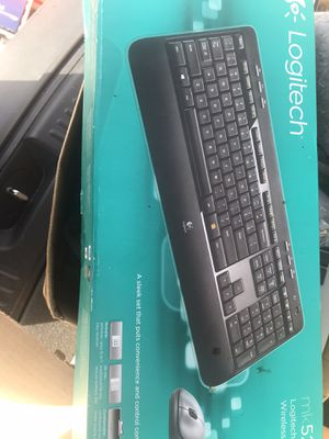 Wireless Computer keyboard & mouse combo for Sale in Pompano Beach, FL