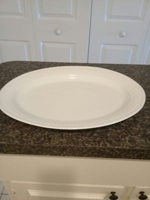 ONEIDA EXTRALARGE SERVING PLATE for Sale in Fort Myers, FL