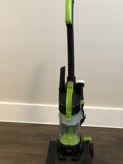 Compact Vacuum Cleaner In Excellent Working Conditions ( Pick Up In West Fort Worth 76116 ) for Sale in Fort Worth,  TX