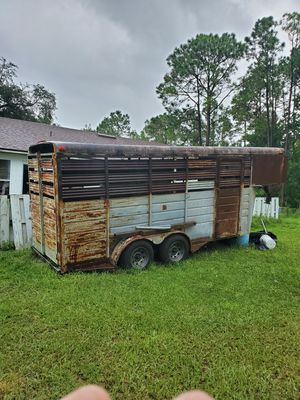 Horse of Cattle trailer. 24 foot gooseneck for Sale in CHAMPIONS GT, FL