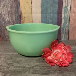 "Vintage Jadeite Sunbeam Large Bowl for Mixmaster Mixer 9""x4 1/2"" for Sale in Fresno, CA"