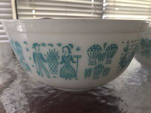 Pyrex nesting bowls (3) for Sale in Hollywood, FL