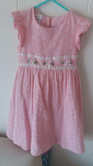 New flower girl dress size 6 for Sale in Santa Ana, CA