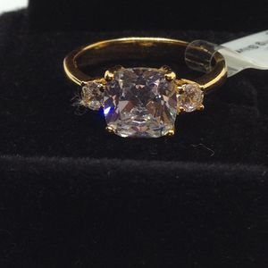 Duchess Wedding Ring for Sale in Columbus, OH