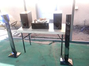 Onkyo receiver with LG speakers for Sale in Fort Meade, FL