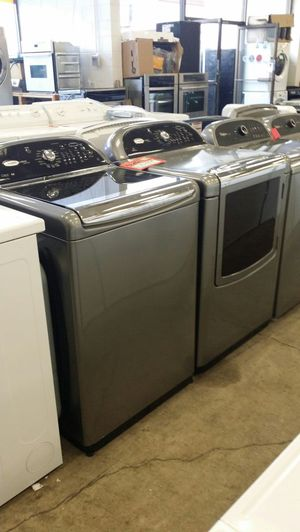 Whirlpool Cabrio platinum washer and dryer he for Sale in Beaverton, OR