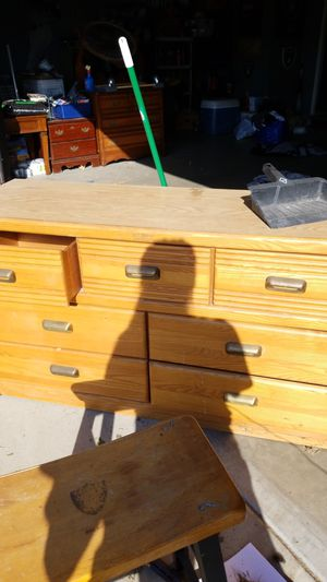 free dresser for Sale in Fontana, CA
