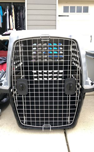 Doggy Kennel (airlines approved) for Sale in Montgomery, AL