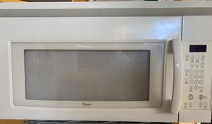 Whirlpool oven range microwave for Sale in Mantachie, MS