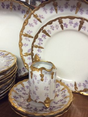 VINTAGE HAND PAINTED BEAUTIFUL CHINA SET for Sale in Upland, CA