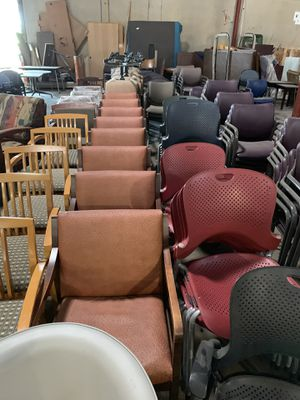 HERMAN MILLER CHAIRS for Sale in Irving, TX