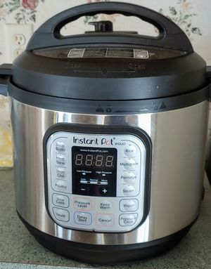 Instant Pot large size for Sale in Baytown, TX