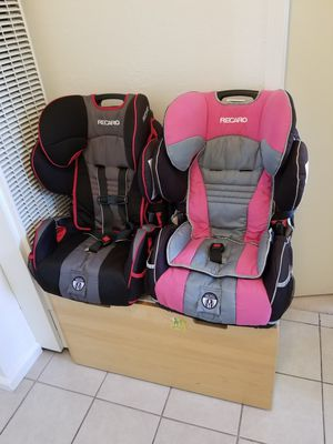 Car seat $50 each for Sale in Oakland, CA