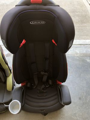 2 Graco baby car seats with box for Sale in Simpsonville, SC
