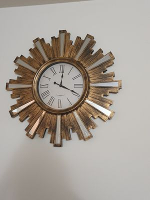 2 wall clocks and 1 mirror for Sale in South Brunswick Township, NJ
