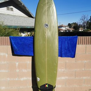 8ft surfboard for Sale in Hacienda Heights, CA