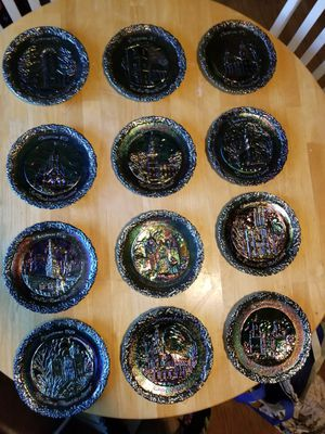 COLLECTIBLE Fenton 'Christmas in America' Plates 1-12 for Sale in Omaha, NE