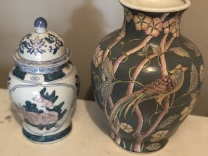 Vintage Asian Vases- set of 2 for Sale in Downers Grove, IL