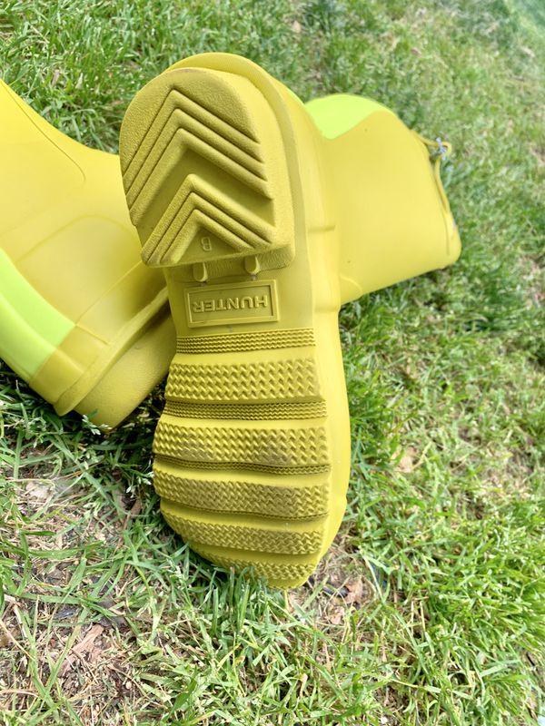 Hunter Boots for women SZ 5