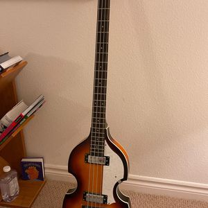 Hofner B-Bass Hi Series Bass Guitar for Sale in Irvine, CA