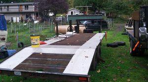Gooseneck flatbed trailer for Sale in Enumclaw, WA