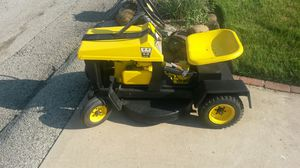 """4HP 24"""" lawn tractor. Runs great for Sale in McKeesport, PA"""