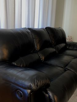 Leather Couch/sofa for Sale in Poway,  CA