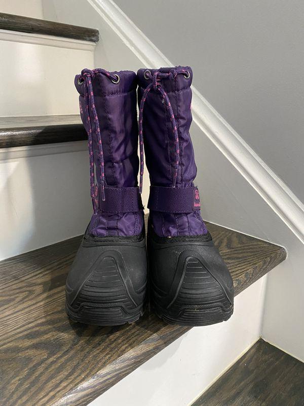 Kamik big kids size 5 snow winter boots