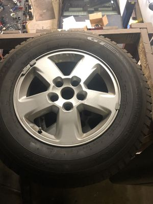 2015 jeep Grand Cherokee wheels!! 245/70/17 for Sale in West Valley City, UT