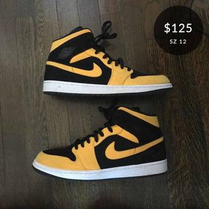 Air Jordan 1 Retro Mid 'Reserve New Love' size 12 for Sale in Washington, DC