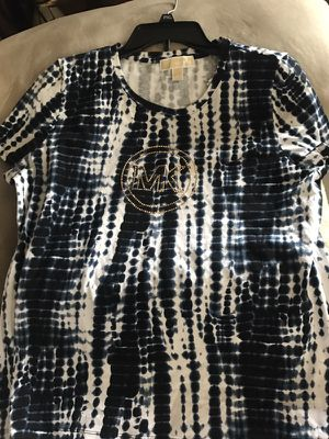 Brand new Michael kors shirt for Sale in Troy, MI