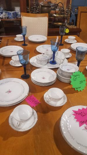 Vintage Royal Swirl China for Sale in Winterville, NC
