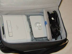 Philips Dreamstation Auto CPAP Machine w Case and Power Cord - Only 76 Hours for Sale in Jacksonville, FL