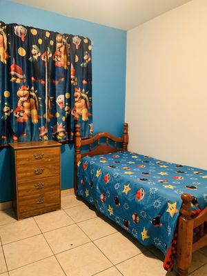 Kids bed and dresser for Sale in Dinuba, CA