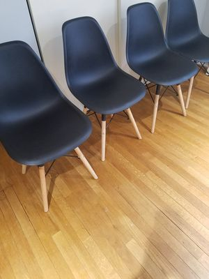 4 dining chairs new black color for Sale in Arlington Heights, IL