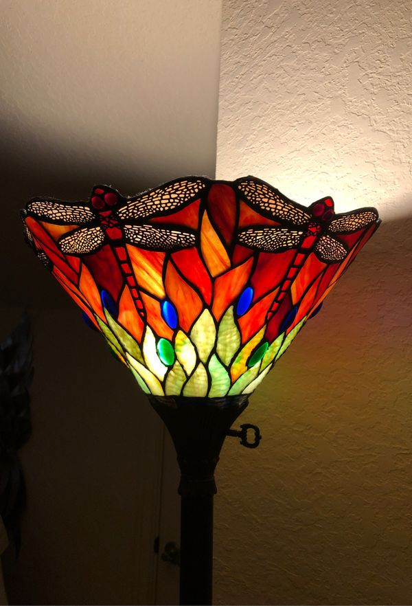 Stain Glass Dragonfly Lamp