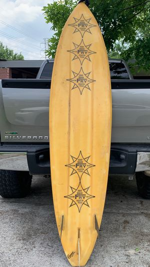 Vintage Fry Surfboard 7 Foot 11 inches 3 Fin for Sale in Houston, TX