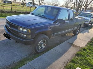 1995 chevy 1500 heavy hafe for Sale in Concord, IL