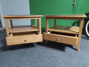 Wooden tables with drawer and glass / Mesas de madera Masisa con gaveta y vidrio. for Sale in Davenport, FL
