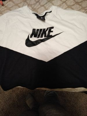 Crop top xl Nike brand new never worn for Sale in Modesto, CA