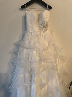 White wedding gown for Sale in Bellaire, TX